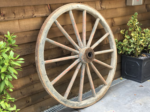 vintage cart wheels, vintage wedding hire, marquee accessory hire, rustic decorations, wedding marquee