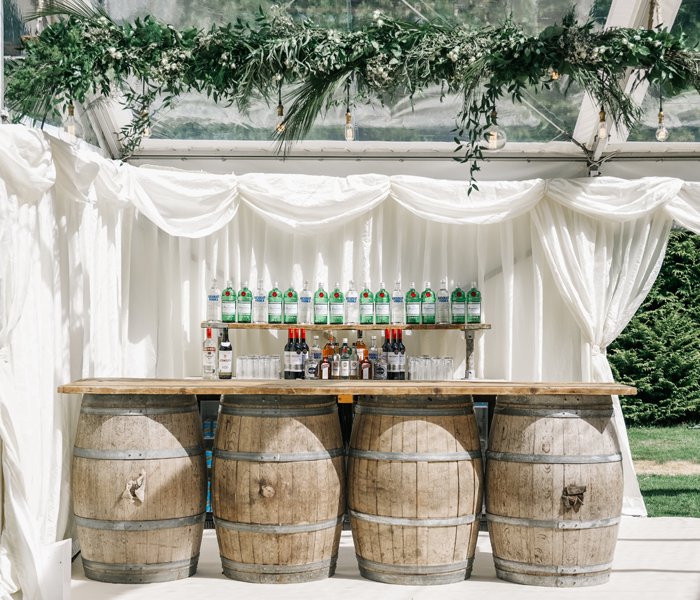 oak barrel bar hire, bar hire, wedding prop hire, dorset wedding, rustic wedding, nridport bespoke furniture